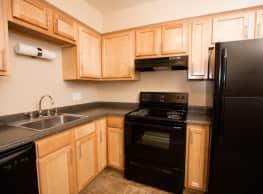 Boulder Creek Apartment Homes - Toledo