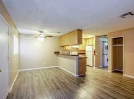 Country Club Apartments - San Bernardino