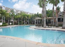 Lodge at LakeCrest - Tampa