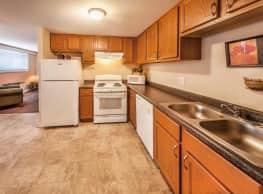 Maple Creek Village Apartments - Indianapolis