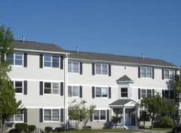 The Willows Apartments - New Bedford