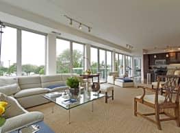 1800 Lake Apartments - Minneapolis