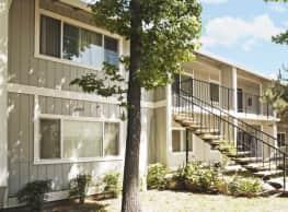 Windcreek Apartments - Sacramento