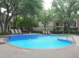 Davenport Apartments - Dallas