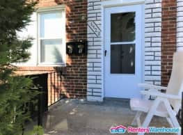Spacious 2 level 2BR 1BA apartment in Parkville - Baltimore