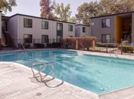 Courtyards at Artisan Square - Sacramento