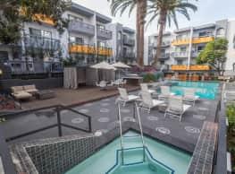 Emerald Terrace - Los Angeles