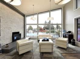 Fox & Hounds Apartments - Columbus