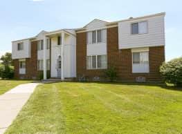 Harlo Apartments - Warren