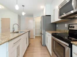 Boulder Apartments - Grand Forks