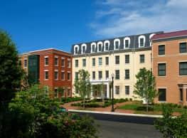 Clayborne Apartments - Alexandria