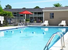 Summer Lodge - Decatur
