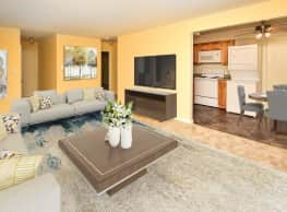 Warwick Terrace Apartment Homes - Somerdale