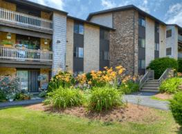Forest Acres Apartments - Bradford