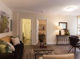 Parkway Apartments - Washington