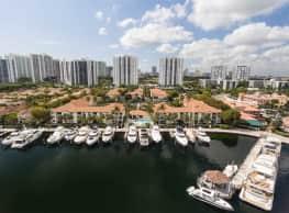 Waterways Village Apartments - Aventura