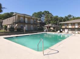 Edgewater Apartments - Savannah