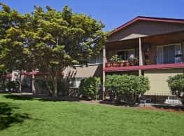 Crosspointe Apartments - Tacoma