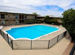 Warren Inn/House/Terrace - El Paso