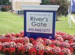 The Townhomes at River's Gate - Middle River