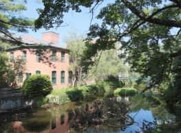 Beacon Mill Village - Beacon Falls