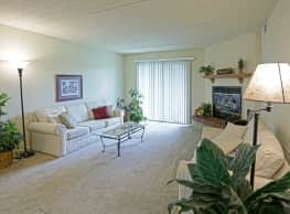 Fox Grove Apartments - Roselle