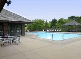 Oak Pointe Apartments - Bloomington