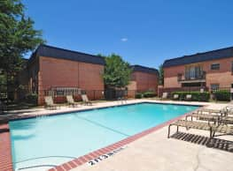 Royale Orleans Apartments - Abilene