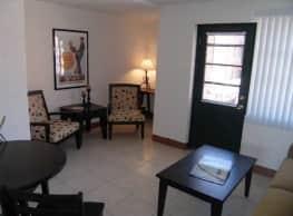 Collins Terrace Apartments - Saint Louis