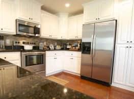 Green Ridge Luxury Condos - Leesville