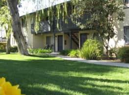 Franklin Terrace - Hemet