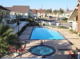 Amberway Apartments - Anaheim