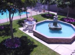 Lorenzo Commons Apartments - San Lorenzo