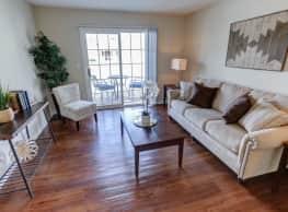 Autumn Creek Apartments - East Amherst