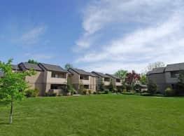 Renaissance Apartments - Fresno