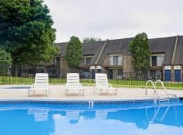 Longmeadow Apartments - Bensalem