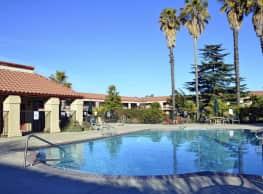 Villa Paseo Palms - Senior Residence 55+ - Paso Robles
