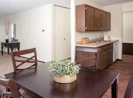 Burnsville Parkway Apartments - Burnsville