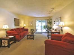 Lakes Edge Apartments - Greensboro