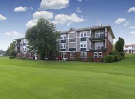 Club At Brookfield Hills - Terraces - Brookfield