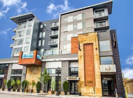 The Walkway Apartments - Minneapolis