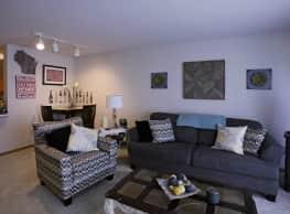 Six Points Apartments - West Allis