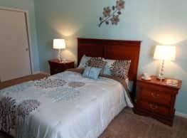 Carlton Apartments - New Augusta