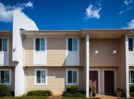 Shadowood Apartments - Anniston