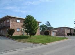 Wood Manor - Durant