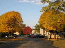 Summerfield Place Apartments - Oshkosh
