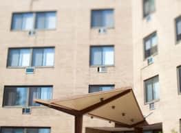 Highgate Apartments - Ewing