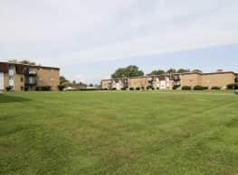 Lafayette Village - Parma Heights