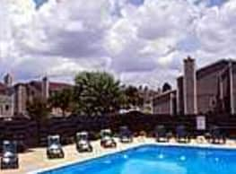 Heathrow Place Apartments - Florence