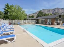 Mountain Ridge Manor - Ogden